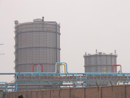 武汉钢铁有限公司三炼钢10万立方米煤气柜防腐工程