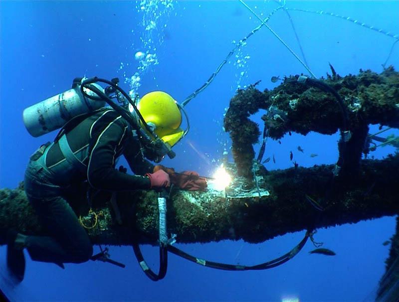 水下焊接施工 (6)